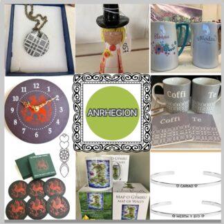 Anrhegion / Gifts